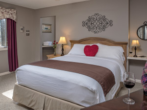Wedding/Honeymoon Accommodations at Glenlaurel