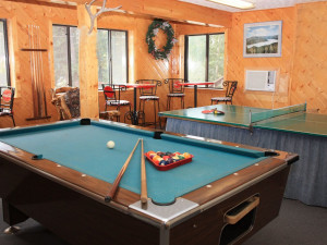 Game room at Pine River Lodge.