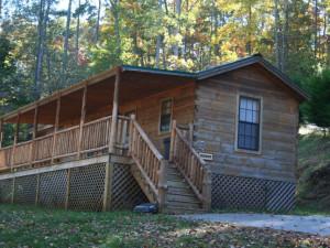 Cabin exterior at Big Bear Log Cabins.