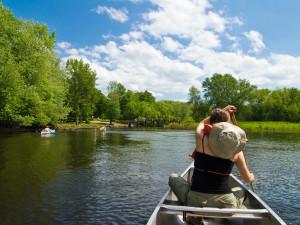 Canoeing near Hocking Hills Luxury Lodging.