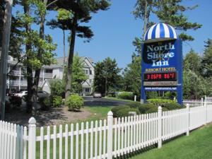 Entrance to North Shore Inn.