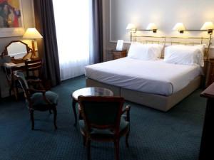 Guest room at Grand Hôtel Concorde.