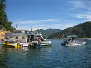 Houseboat and water rentals at Trinity Lake.