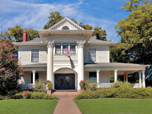 Exterior view of Corinthian Bed & Breakfast.