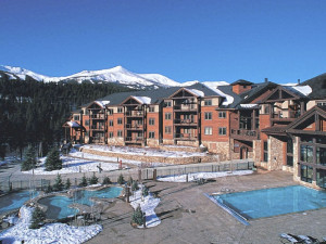 Grand Timber Lodge exterior at Breckenridge Discount Lodging.