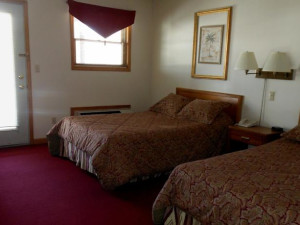 Two bed guest room at Windwood Fly-In Resort.