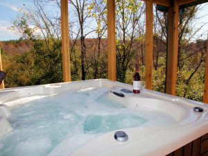 Hot tub at Shawnee Forest Cabins.