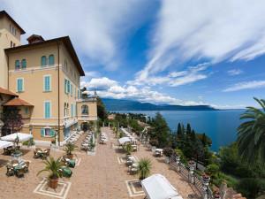 Exterior view of Hotel Villa del Sogno.