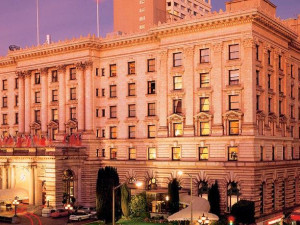 Exterior view of The Fairmont San Francisco.