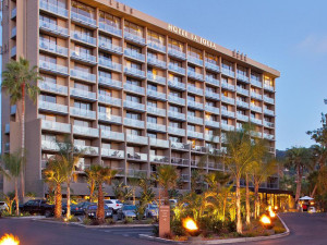 Exterior view of Hotel La Jolla at the Shores.