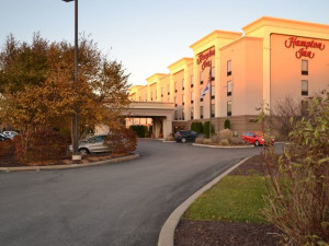 Exterior View of Hampton Inn Oneonta