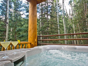 Vacation rental jacuzzi at SkyRun Vacation Rentals - Telluride, Colorado.