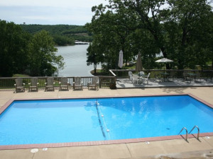 Outdoor pool at White Wing Resort on Table Rock Lake.