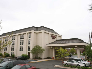 Exterior view of Hampton Inn Detroit-Northville.