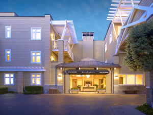 Exterior view of Beach House Hotel Hermosa Beach.
