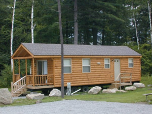 Cabin at Lake George Escape