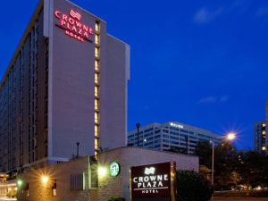 Exterior View of Crowne Plaza Washington Natl Airport
