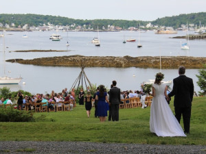 Weddings at Harborfields Waterfront Vacation Cottages.