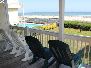 Rental porch at Williamson Realty. Inc.