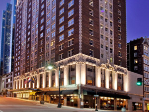 Exterior view of Hotel Phillips.