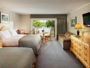Guest room at Woodloch Resort