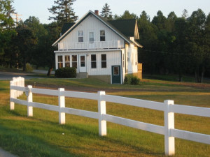 Farmhouse at Birchwood Lodge.
