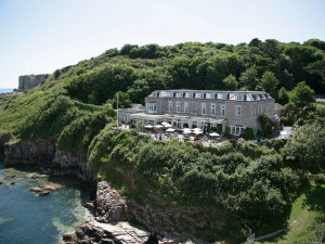 Exterior view of Berry Head Hotel.