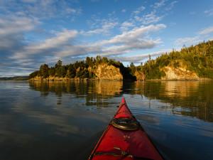 Kayaking at Salmon Falls Resort.