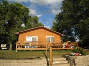 Cabin exterior at Shady Rest Resort.