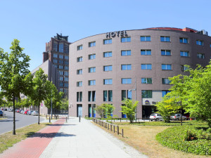 Exterior view of Hotel am Borsigturm.