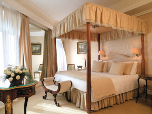 Guest room at Hotel Hassler Villa Medici.