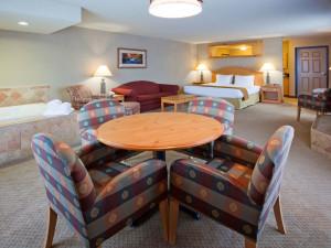 Guest suite at Holiday Inn Express Brainerd/Baxter.