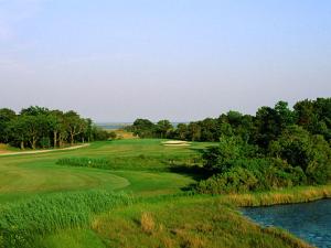 Eagle's Valley golf course near Quality Inn Boardwalk Ocean City.