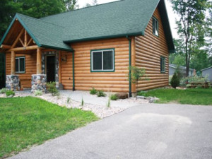 Exterior View of Sand County Service Company's Linken Log Vacation Rental