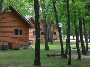 Cabin exterior at Lakecrest Resort.