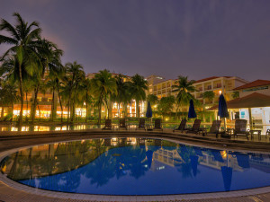 Outdoor pool at Hotel Equatorial Bangi.