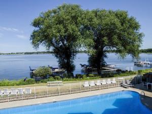 Outdoor pool at Delavan Lake Resort.