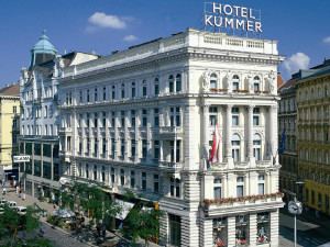 Exterior view of Hotel Kummer.