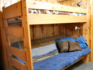 Cabin bunk beds at Rocky Mountain Lodge & Cabins.