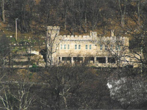 Berkeley Castle near Berkeley Springs Cottage Rentals.