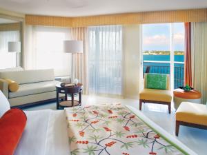Guest bedroom at Hyatt Key West Resort & Marina.