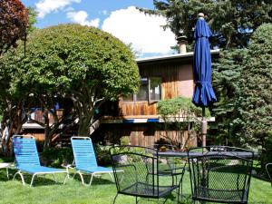 Patio at St. Moritz Lodge & Condominiums.