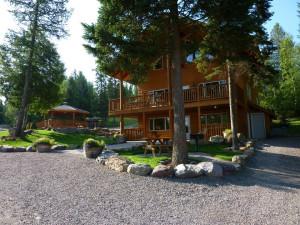 Lodge Exterior at Timber Wolf Resort