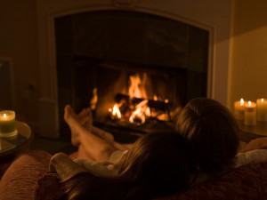 Romantic fires at Cottage Grove Inn.
