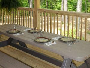Pavilion dining at Caryonah Hunting Lodge.