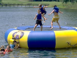 Kids playing on lake at Wintergreen Resort.