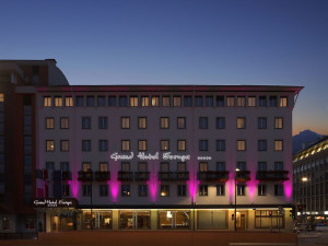 Exterior view of Hotel Europa Tyrol.
