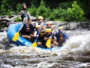 River rafting near Cuddle Up Cabin Rentals.