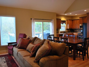 Rental dining and kitchen at Vacation Home in Branson.