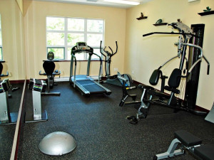 Fitness room at Honeymoon Bay Lodge & Retreat.